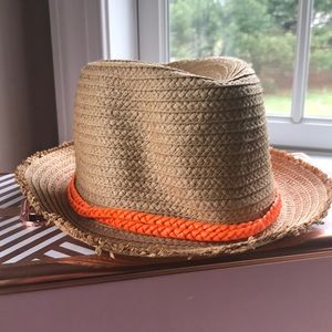 Women's straw fedora hat
